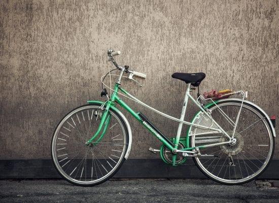 Kuukauden lakikysymys: Kellaritilasta pyörävarasto, entä jos yhtiöjärjestyksen mukaan kellarikomerot kuuluvat osakkaille?