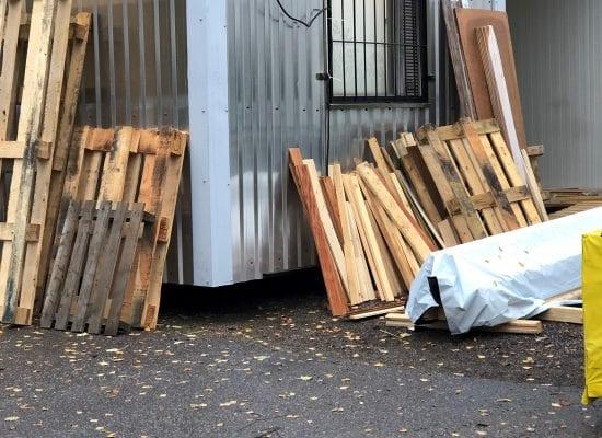 Kiinteistöjuristin matkassa: Perustajaosakkaan konkurssi on hankala tilanne kaikille — varsinkin, jos löytyy rakennusvirheitä