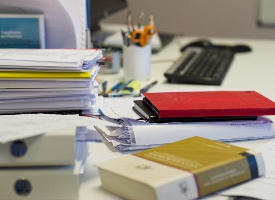 Laadi yhtiökokouskutsu huolella – kutsun täytyy sisältää nämä asiat