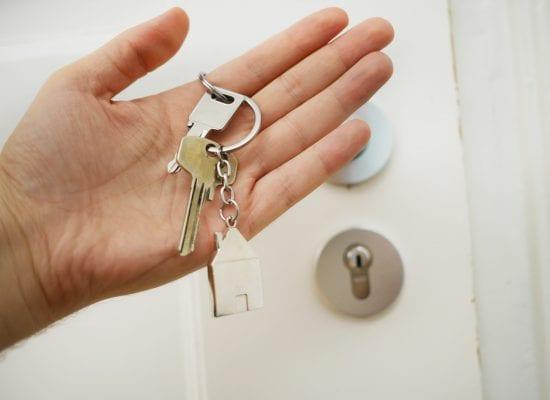 Kuukauden kysymys: Missä tilanteessa taloyhtiön edustajalla on oikeus käydä osakkaan asunnossa?