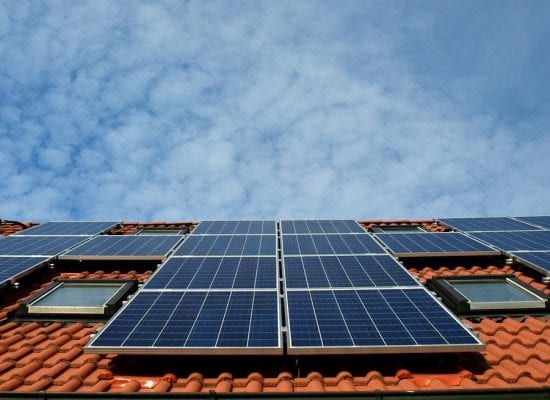 KHO: Asunto-osakeyhtiön ylijäämäsähkön satunnainen myynti ei ollut liiketoimintaa – välttyi arvonlisäveroilta